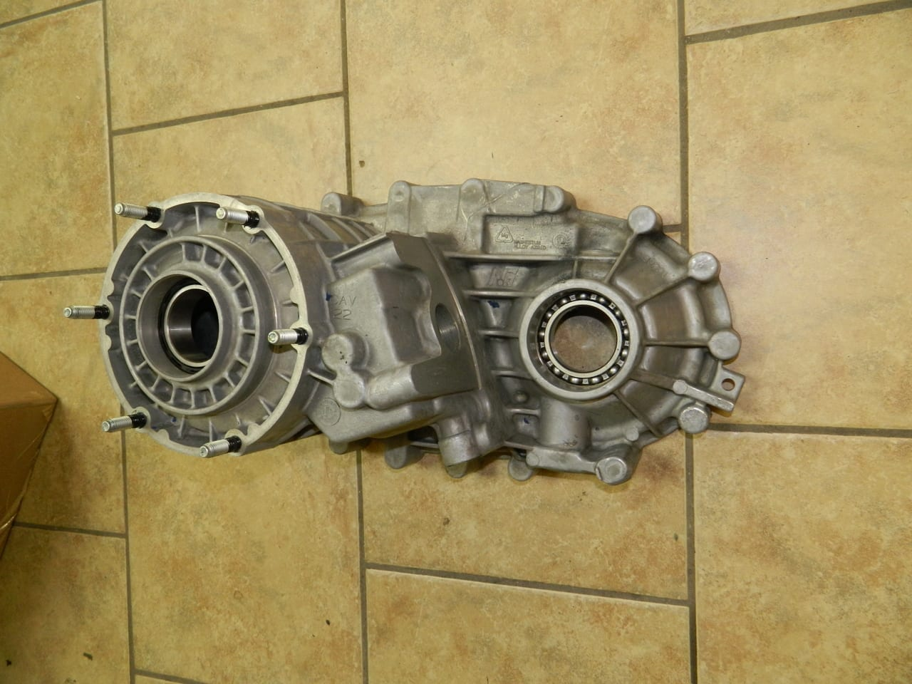 261XHD 261 XHD Transfer Case Front 1/2 GM Chevy Duramax or 8.1 Gas Manual Shift