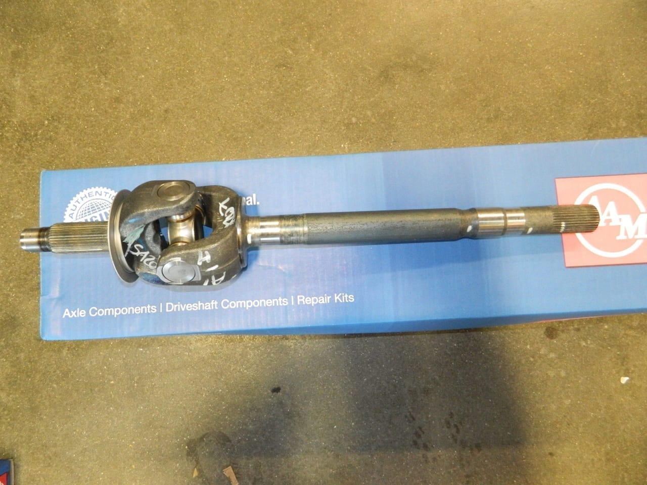 Right Front Axle Shaft Dodge Ram 2500 3500 4x4 9.25 AAM 2014+ Disconnect
