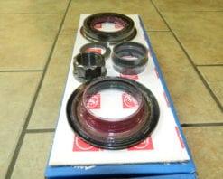 AAM 11.5 1999+ GM Chevy 2003+ Dodge Ram 2500 3500 Pinion Nut Seal Sleeve Kit