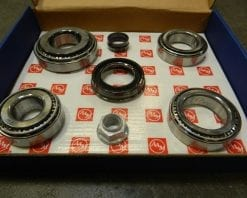 2014+ GM Chevy 9.76 Rear Differential Bearing Kit Rebuild 6.2 12 Bolt Cover