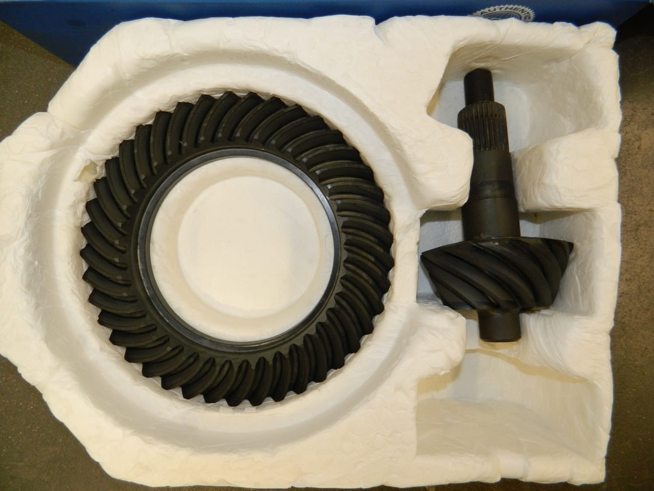 GM 14 Bolt 10.5 Ring & Pinion Gear Set 3:42 AAM OEM Chevy GM14T-342