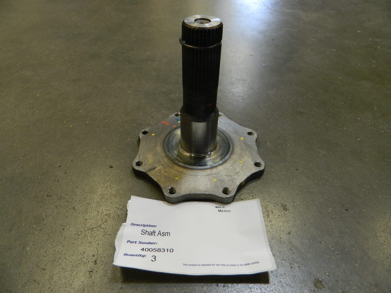 2011-2016 Chevy GMC 2500 3500 9.25IFS Left Front 4X4 Stub Axle 9.25 IFS