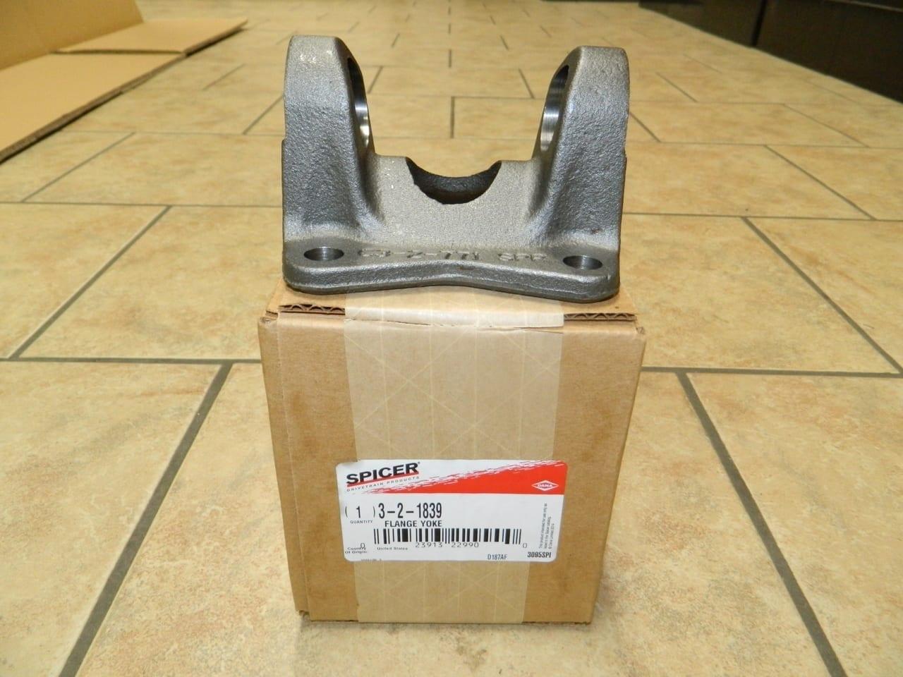 Ford F350 Rear Driveshaft Flange Yoke 1410 1998+ 4 Bolt Universal Joint