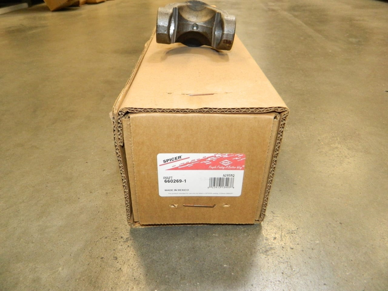 1980-1998 Ford F250 Dana 50 4X4 Front Axle Drivers Side Left Inner