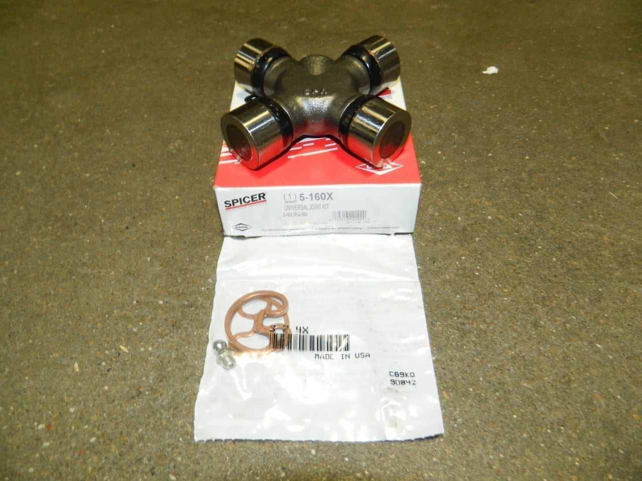 Greasable 1410 Universal Joint Dana Spicer U-Joint GM Ford Dodge Greasable