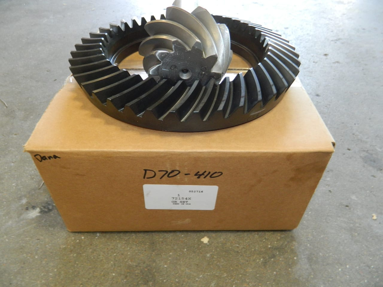 Genuine Dana 70 Ring and Pinion 4:10 Ratio Chevy Ford Dodge 410