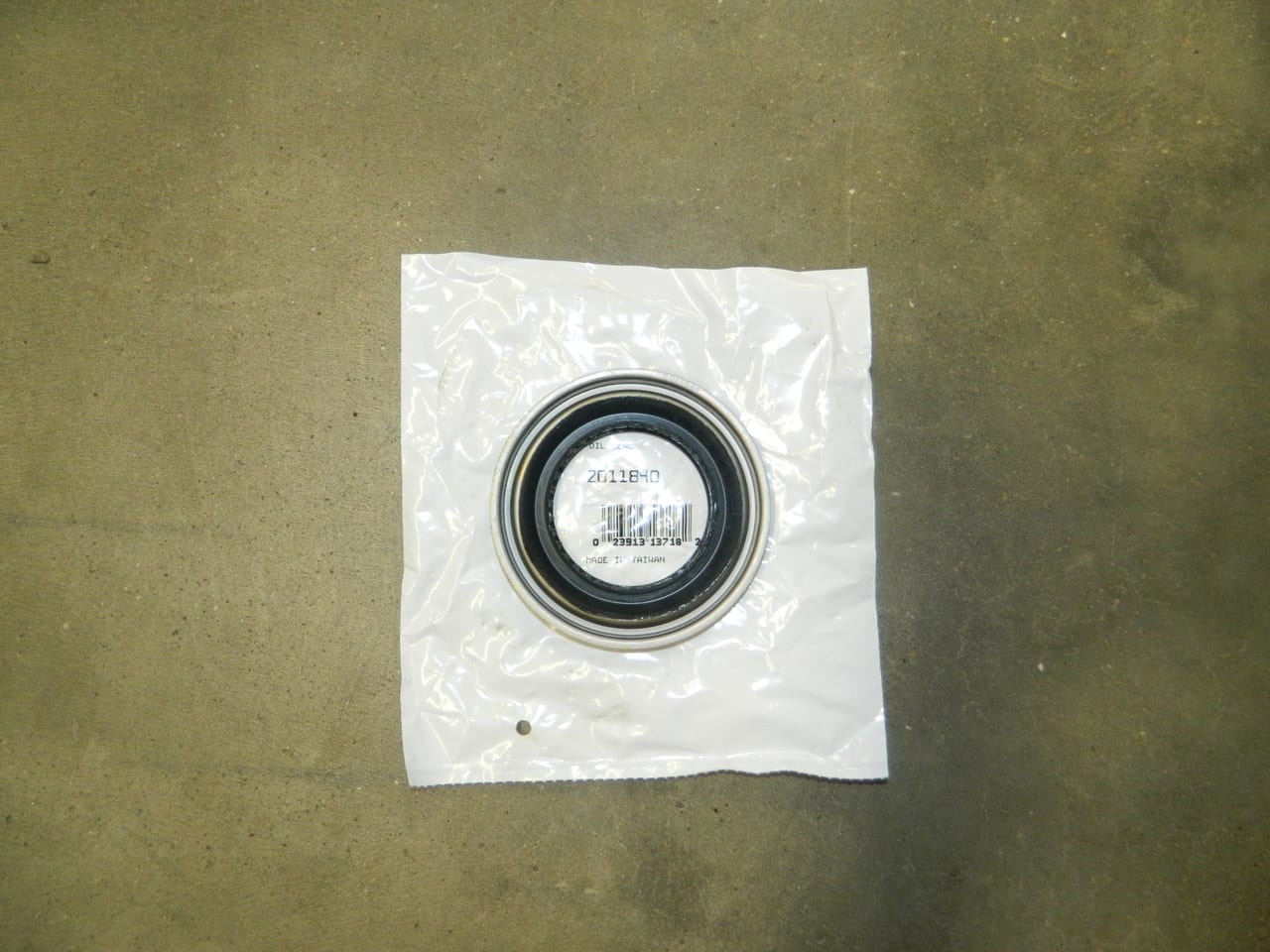 Dana 80 Ford Pinion Yoke Rear Differential Seal