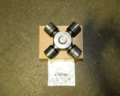 Dana Spicer SPL70WJ Series 4X4 Front Axle Universal Joint Ford U-Joint 1550