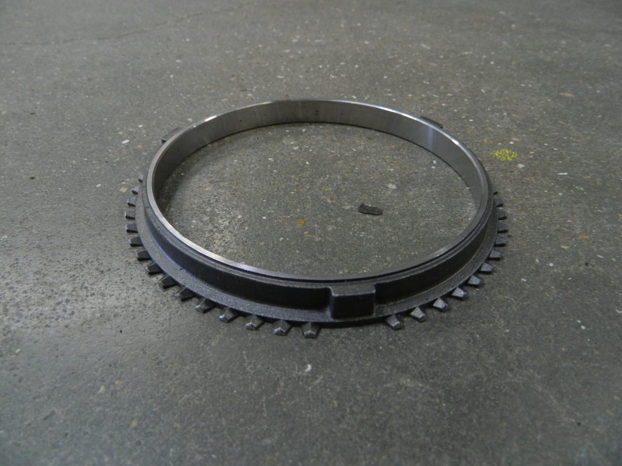 Outer synchronizer ring NV5600 Dodge diesel 6 speed transmission
