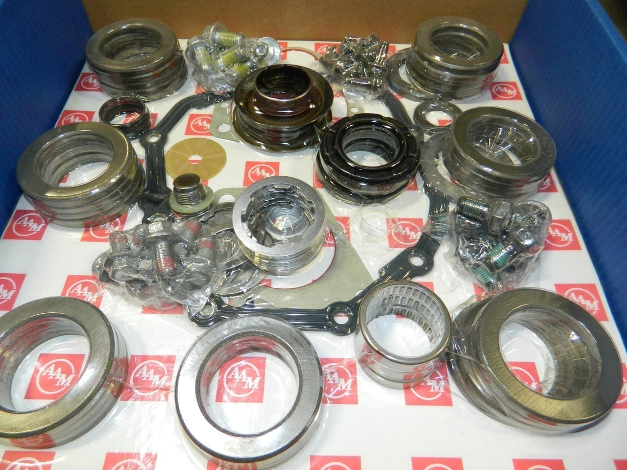 "AAM Complete Master Overhaul kit 2004+ 7.6"" IFS Front Differential Chevy GMC Canyon Hummer H3 Colorado"