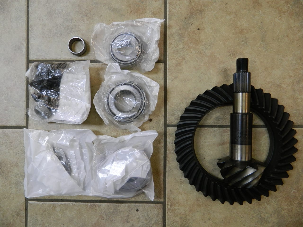 Dana 60 4:10 Reverse Cut Ford Ring & Pinion Gear Set 4X4 Front F350