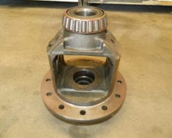 Used GM9.25 IFS & 9.5 Rear Differential Bare Carrier Also Dodge 9.25 Front 2003-2006 AAM Axle