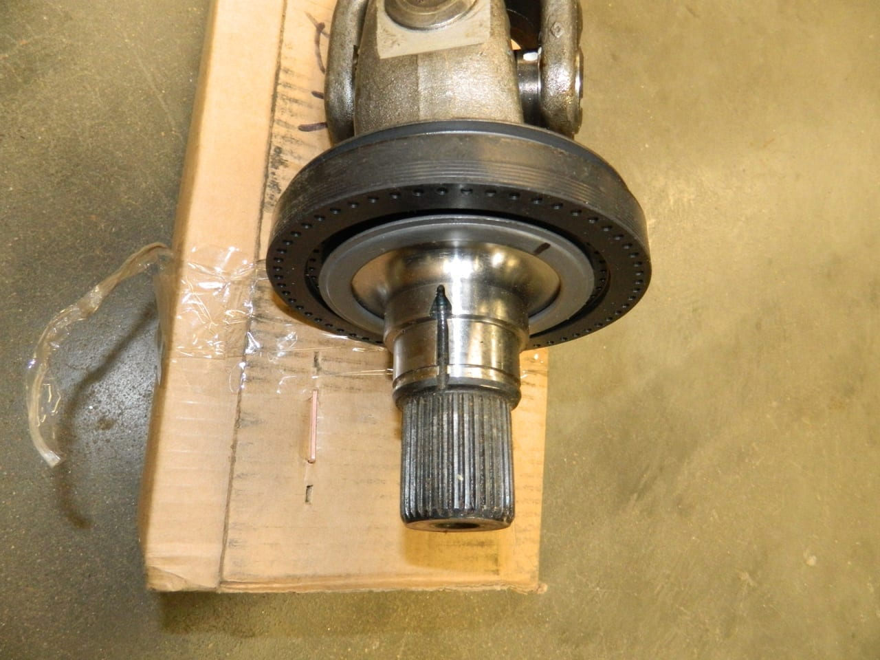 AXLE SHAFT RH Right Side 2005+ FORD F250 F350 DANA SUPER 60 FRONT 4X4 Assembly