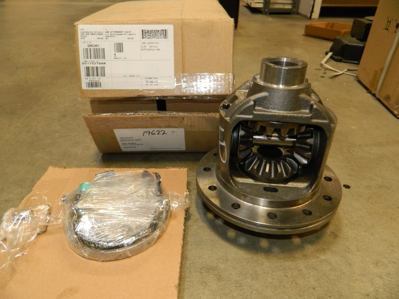 Dodge 2003-2014 E-Locker AAM 9.25 Straight Axle Front 2500 3500 Differential