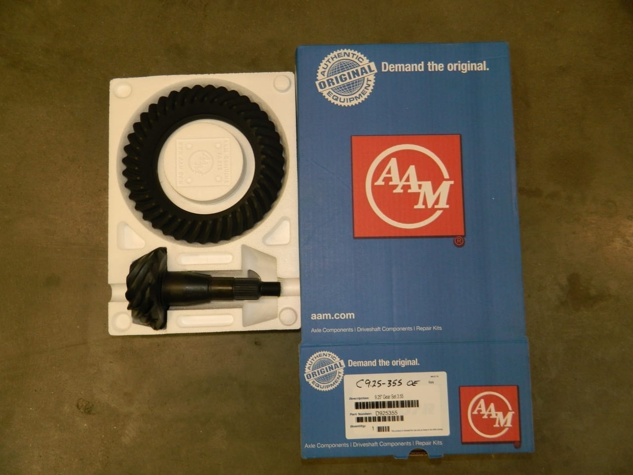 Genuine AAM Dodge Chrysler 9.25 3:55 Gear Set Ring & Pinion C9.25-355