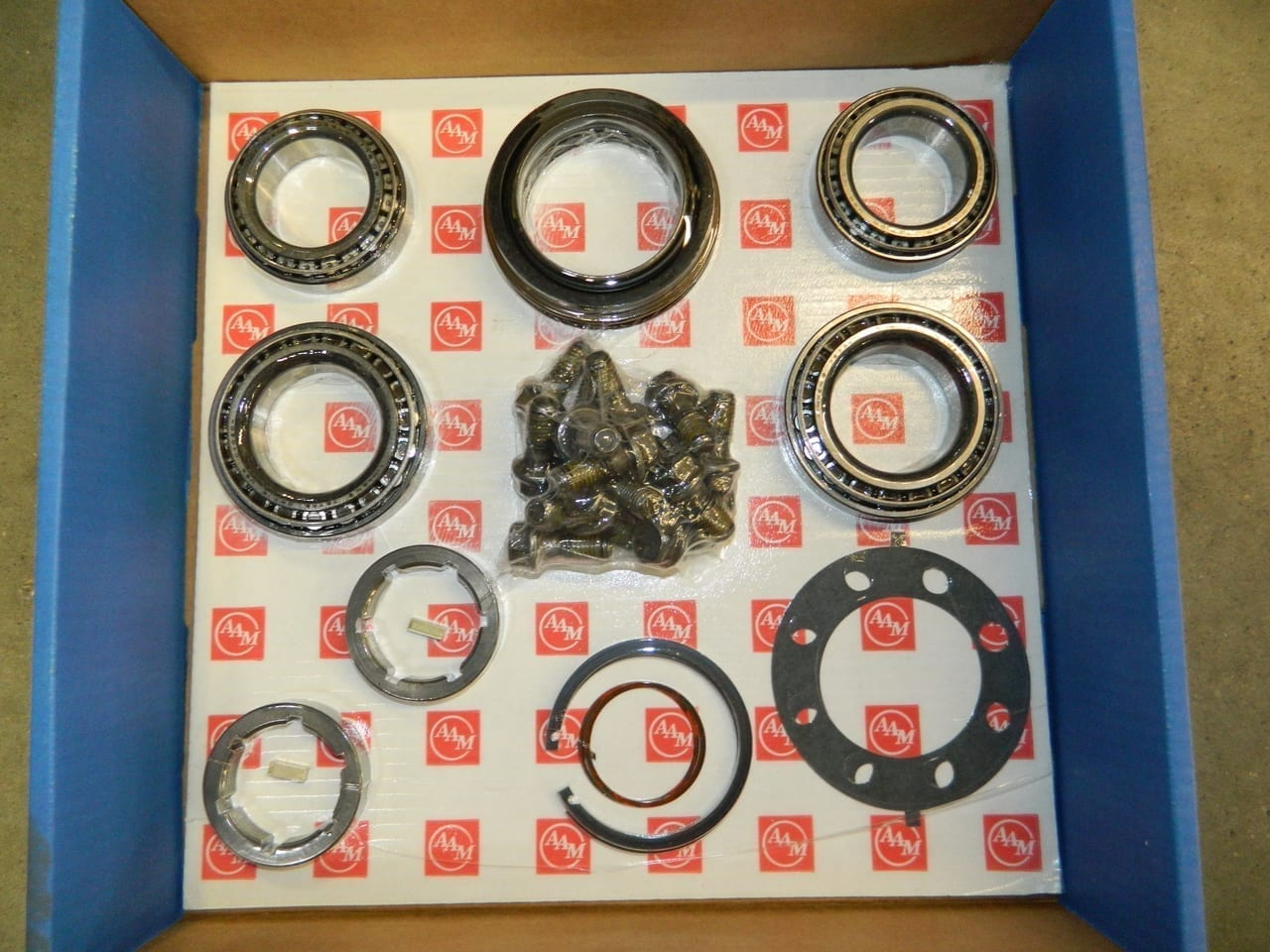 GM 10.5/11.5 Single Rear Wheel Hub Bearing Kit 2001-2010 Chevrolet 2500 3500 AAM Axle