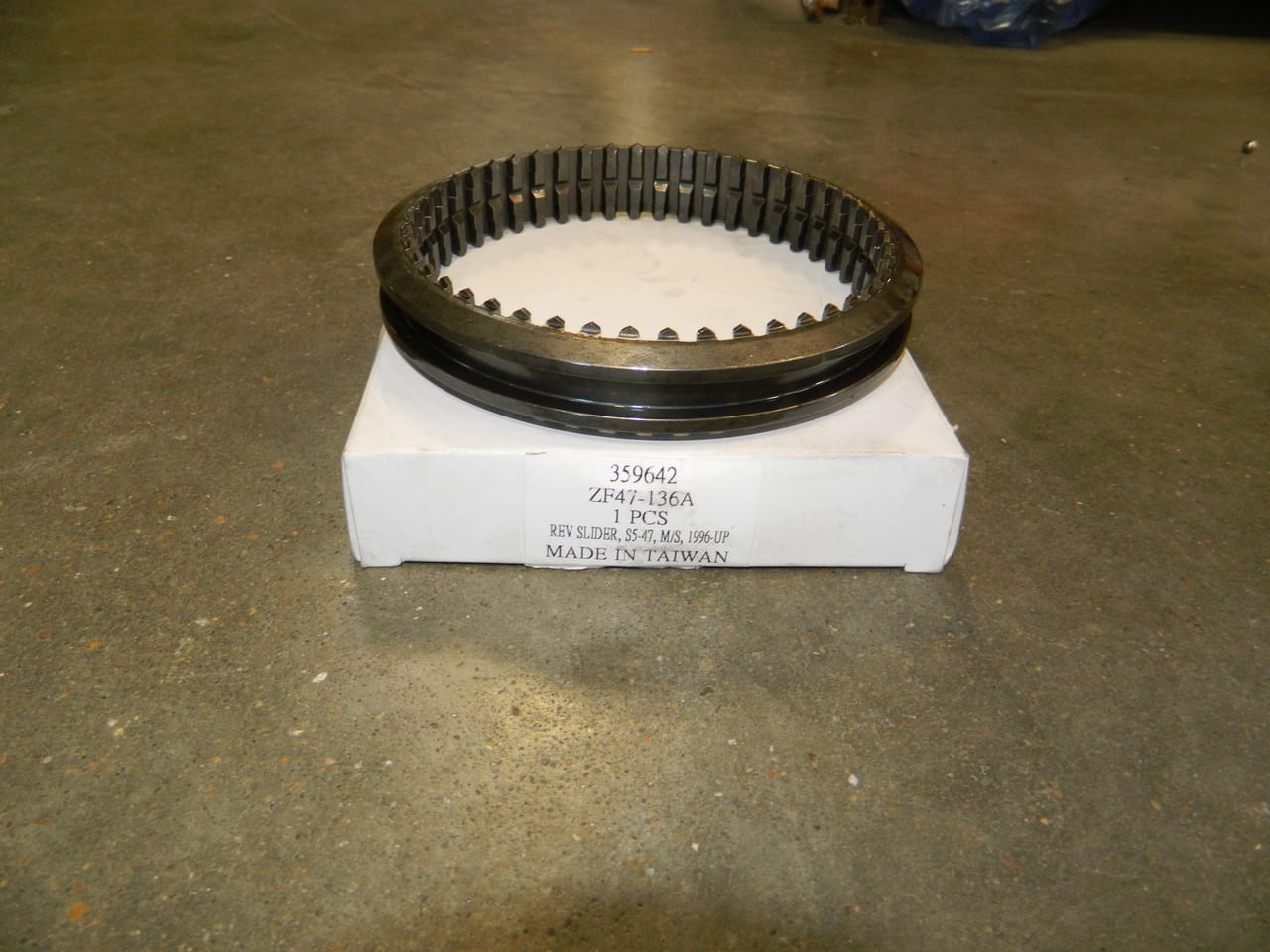 ZF 5 Speed Transmission Ford S5-47 5th & Reverse Slider 5-R 3-4 3rd & 4th