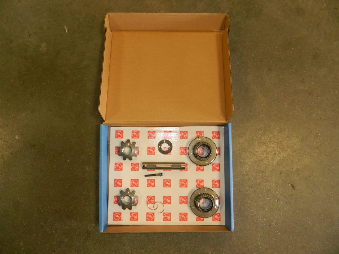 Ford 8.8 31 spline Traclock Posi Traction Differential OEM AAM Spider Gear Kit Axle