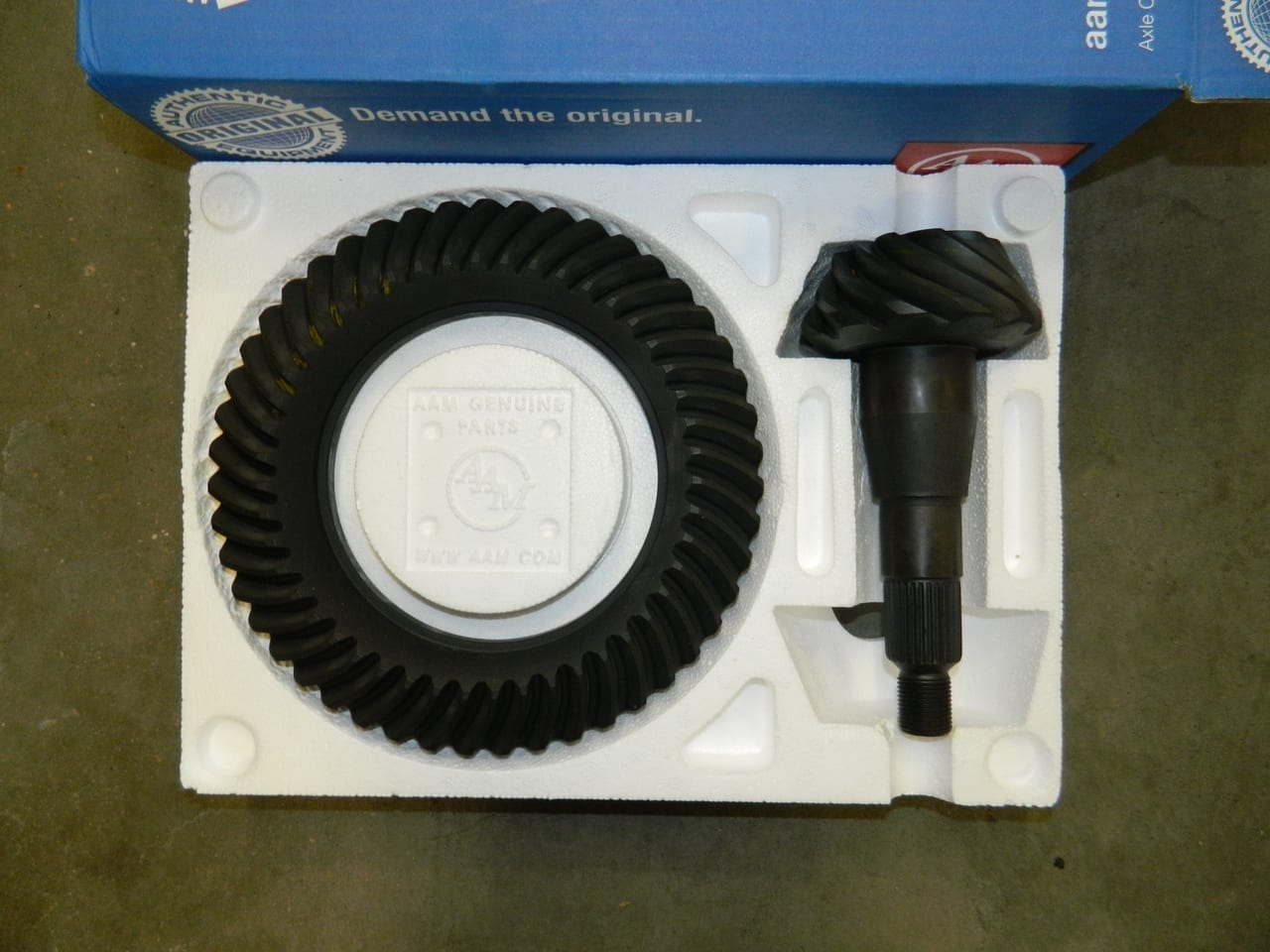 Genuine AAM Dodge Chrysler 9.25 3:92 Gear Set Ring & Pinion C9.25-392