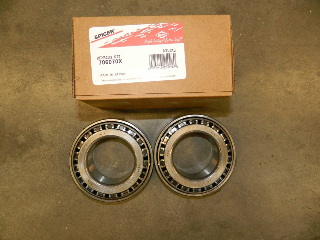 Dana 70HD & 80 Differential Side Bearing Kit Also Ford 10.25 & 10.5 453X & 469